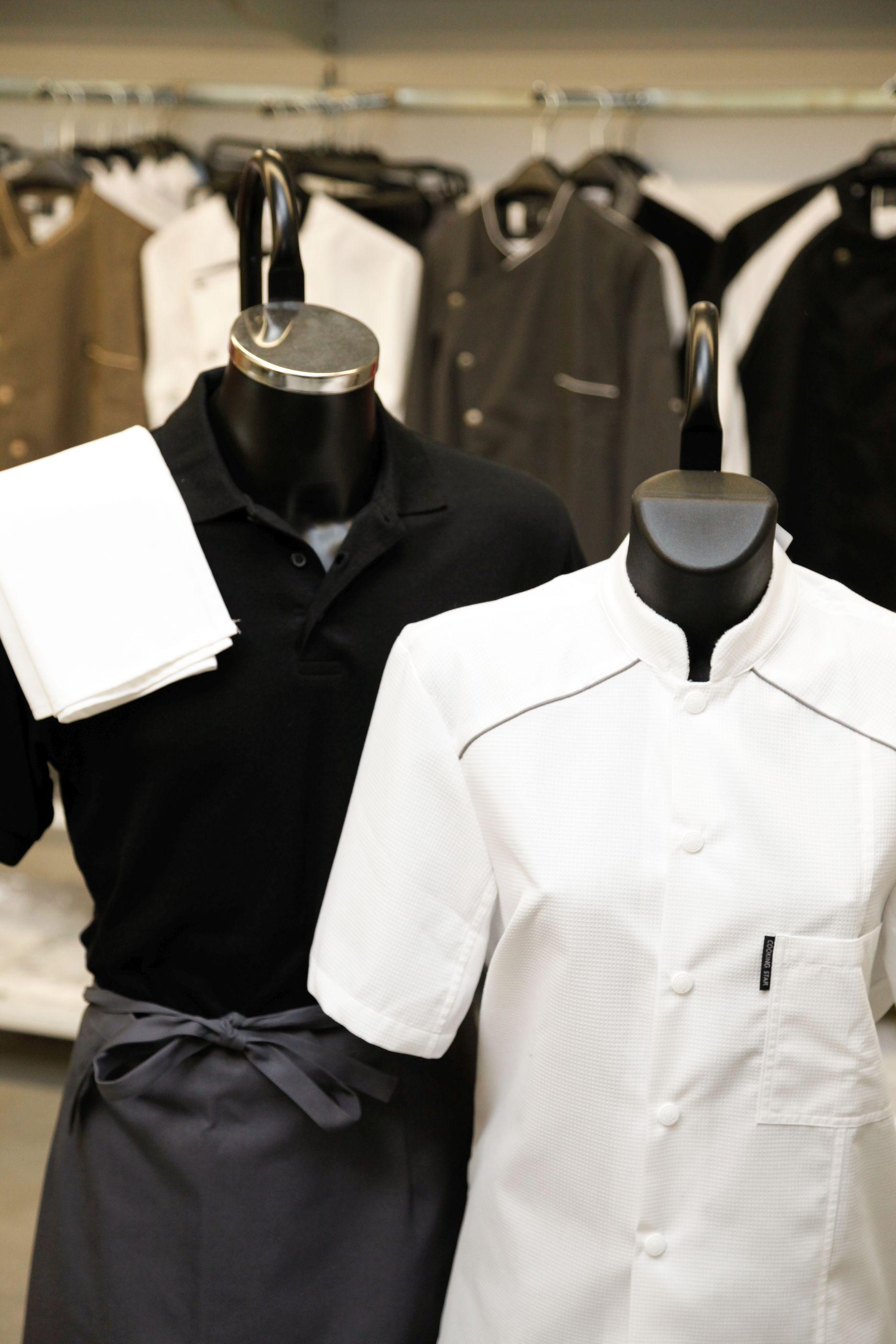 et un large choix de vêtements de travail professionnels  bermudas